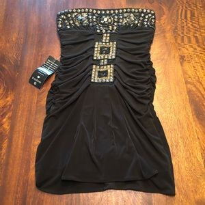 *NWT* Bebe Strapless Mini Dress
